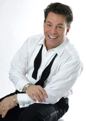 Simply Sinatra performs at the Lake County Concert Association